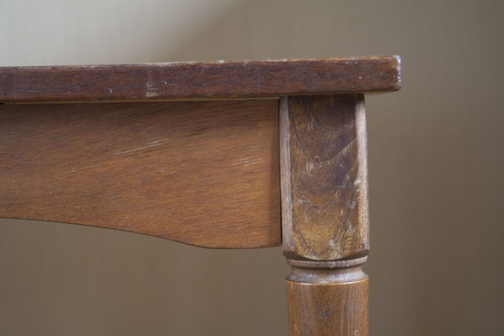 пример реставрации стола